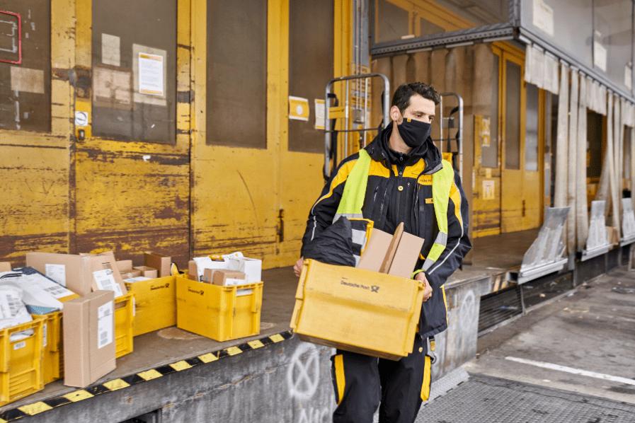 Kurier / Postbote / Bote / Auslieferungsfahrer / Paketzusteller (m/w/d) in Vollzeit / Teilzeit - auch Quereinsteiger bei Deutsche Post AG - Niederlassung Betrieb Erfurt